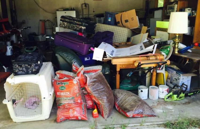 junk removal company los angeles garage image