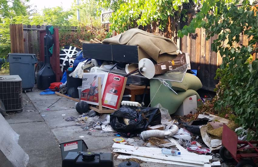 San Fernando Valley junk removal yard photo